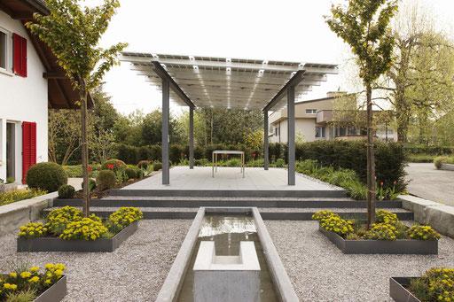 Neuenalage Hinterhof  - Durrer Gartenbau AG Herzogenbuchsee