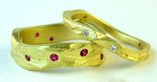Carved wave rings, diamonds, rubies, 18KY
