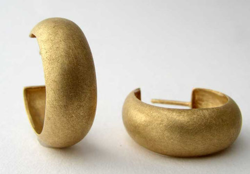 Gold hoops, 18KY