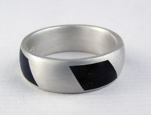 Ebony candy-cane stripe ring, silver