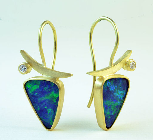Opals, diamonds, 18KY