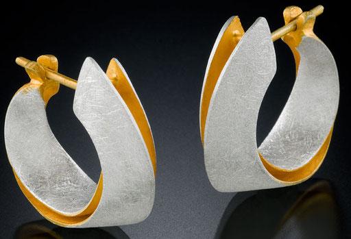 Möbius hoops, 24KY, sterling silver