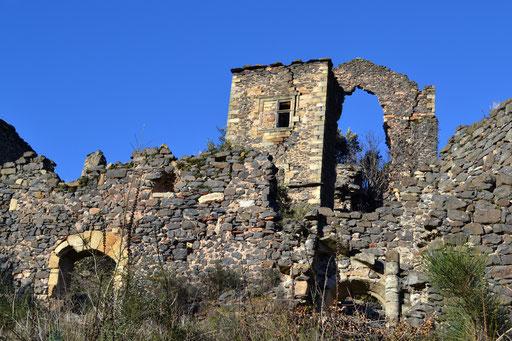 Ruines château de Lauzières