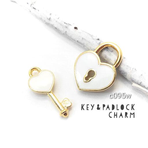 1ペア k16gp高品質 ハートの南京錠と鍵モチーフチャーム ☆ホワイト【c095w】