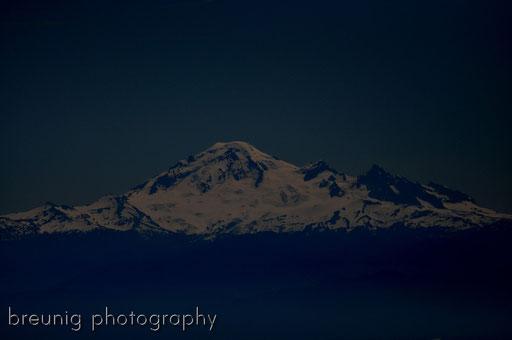 strato-volcano mt baker 3.285m