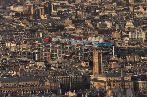 on top of tour montparnasse VII - view to le centre pompidou