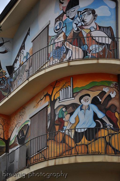 orgosolo's famous (political) graffitis I