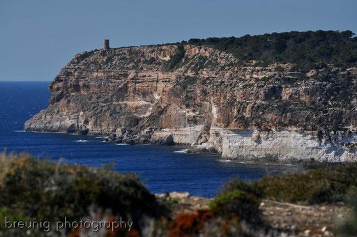coast hike at cala pi VI