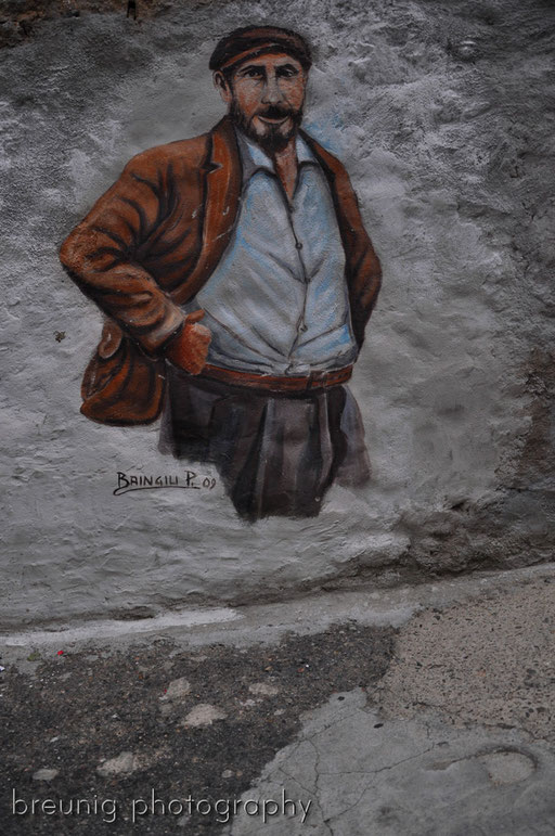 orgosolo's famous (political) graffitis III