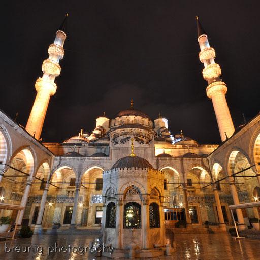 yeni camii @ night