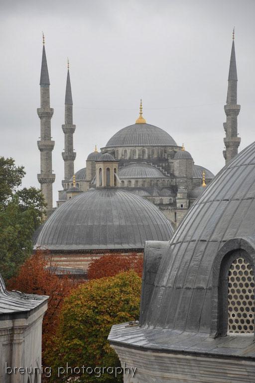 sultan ahmet camii seen from ayasofya