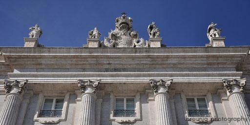 detail of palacio real III