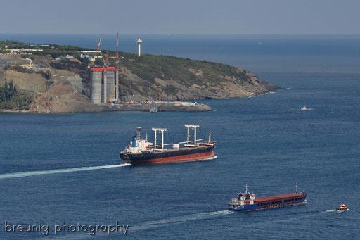 bosporus cruise V - entrance to black sea / construction site of third bosporus bridge