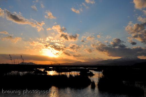 first sunset near parc naturel de s'albufera