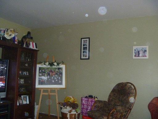 Photo avec des orbes, qui nous a été envoyé par la famille avant l'enquête.