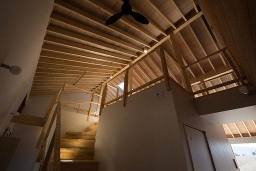 【十勝幕別町】 一つの大屋根に囲われたワンルーム空間