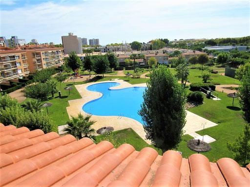 Апартамент в Плайя де Аро с прекрасным жилым комплексом со своим садом и бассейнами