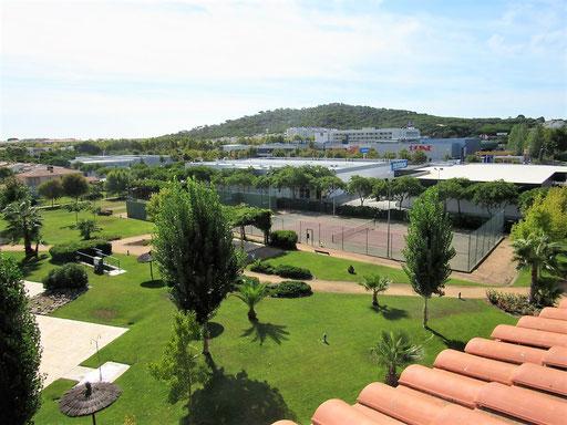 Апартамент в Испании в хорошем жилом комплексе с садом и бассейнами. Побережье Коста Брава, Плайя де Аро