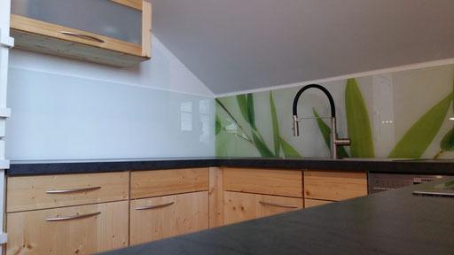 Glasrückwand, Küchenrückwand - Digitaldruck - Glaserei Geretsried - © Glaserei Allgäuer