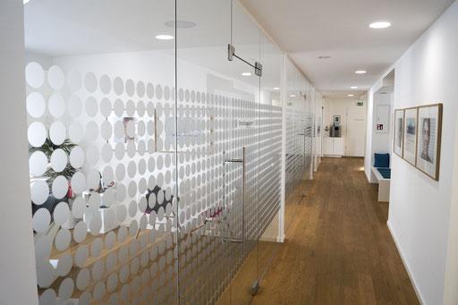 Ganzglasanlage - Raumabtrennung - © Glaserei Allgäuer