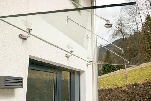 Vordachverglasung - Glasdach - © Glaserei Allgäuer
