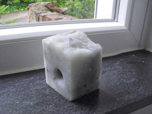 cflory.de                    Loch im Raum   ca. 10 - 12 cm