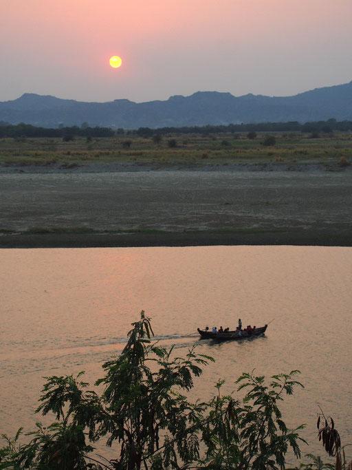 Sonnenuntergang am Irrawaddy