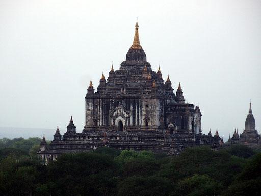 ... Pagodengebiet Bagans haben unterschiedliche Farben, ...