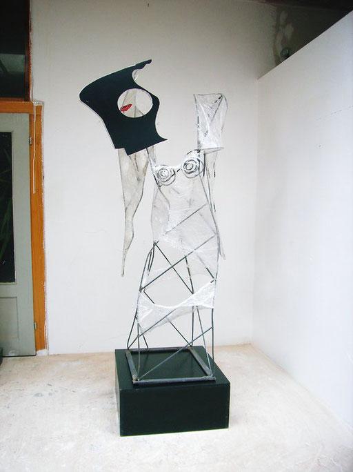 Engel 2007, Metall, Folie, ca. 200 x 120 x 80 cm
