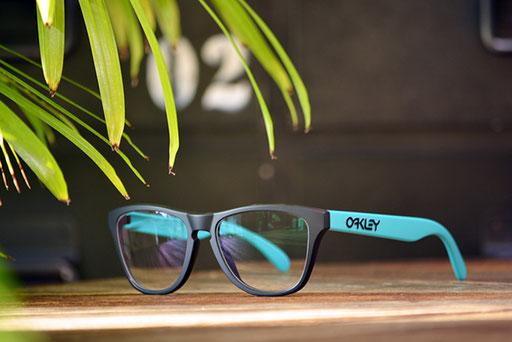 ◎フレーム:OAKLEY/Frogskins XS ◎レンズ:HOYA/1.60薄型球面レンズ