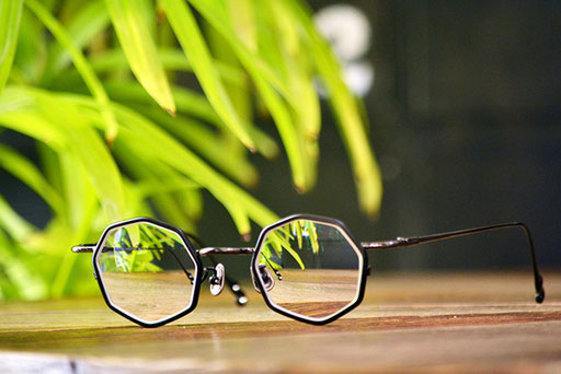 ◎フレーム:VioRou/Hoseok ◎レンズ:Ito Lens/1.74薄型両面非球面レンズ
