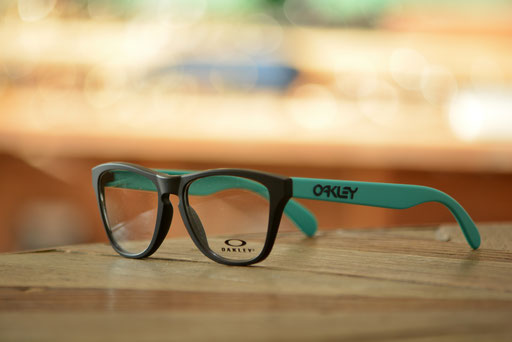 OAKLEY FROGSKINS XS OY-8009 C-1 オークリー フロッグスキンXS 税抜12,000円