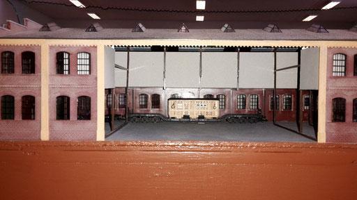 ein Blick in eine Betriebshalle des Bhf Dahmstadt
