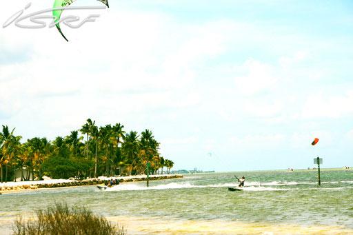 Florida Kitesurfing- Isurf NL - (Photographer: Raymond Deckers)