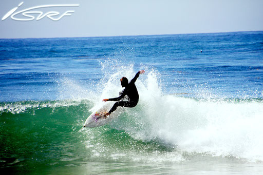 California Surfing - Isurf NL - (Photographer: Raymond Deckers)