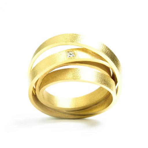 Amets Bar Ring Princess