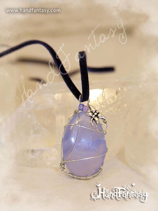 Colgante Calcedonia azul, Piedra azul, Colgantes de cuarzo, Colgantes de Calcedonia, piedra de Calcedonia, Collar de Calcedonia