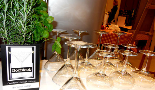 Cocktailspitzgläser von Goldstaub Barcatering auf der Salon Sanssouci Potsdam