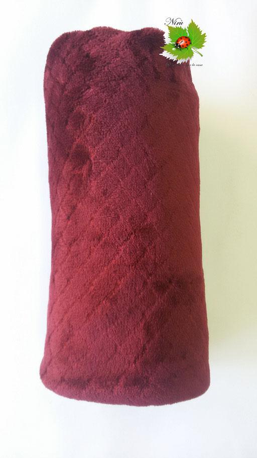 Coperta plaid in pile Marta Mazzotto singolo 125x155 cm. Col. Bordeaux.A988