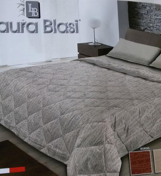 Trapunta piumone invernale Viola di Laura Blasi matrimoniale due piazze.A965