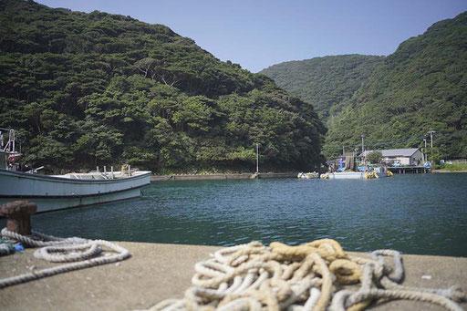 「大泊漁港」加唐島には2つの集落があります(加唐島)