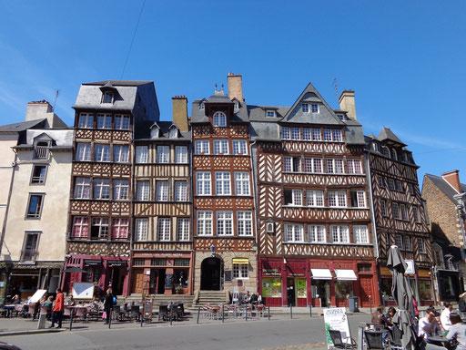 Rennes, place du Champ-Jacquet