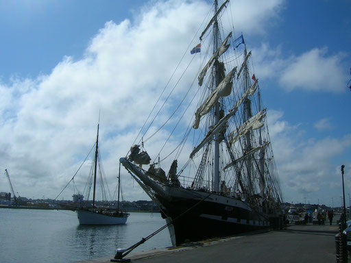 Le Bélem en visite à St-Malo