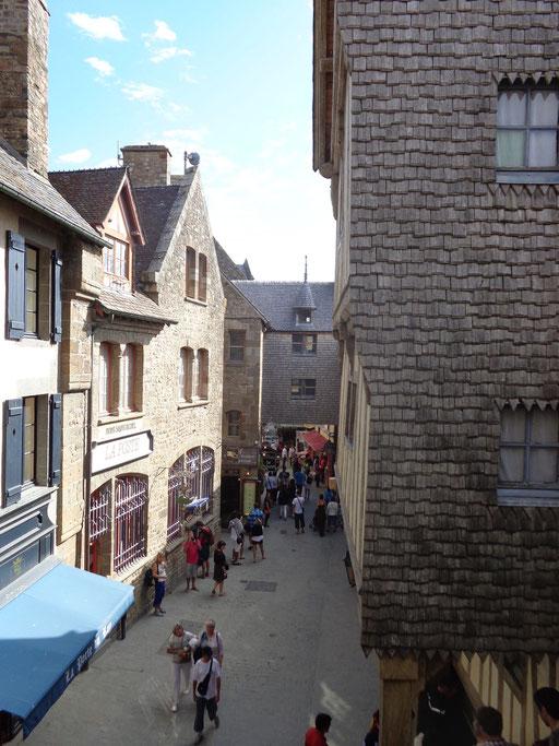 Mont Saint-Michel, Grande Rue