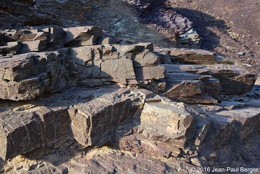 Wadi Khurush - Cherts rouges