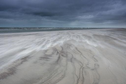 Storm op het Noordzeestrand Terschelling © Jurjen Veerman