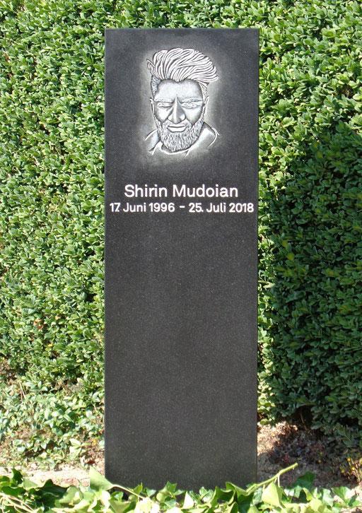 Grabstein Mudoian