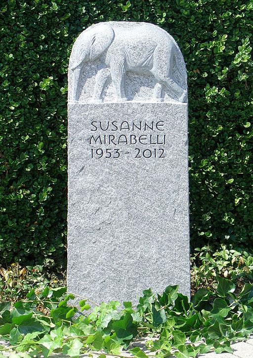 Grabstein Mirabelli