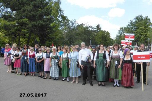 27.05.2017 Blasmusik trifft Wiener Chöre am Rathausplatz