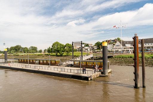 Schiffsanlegestelle Wedel